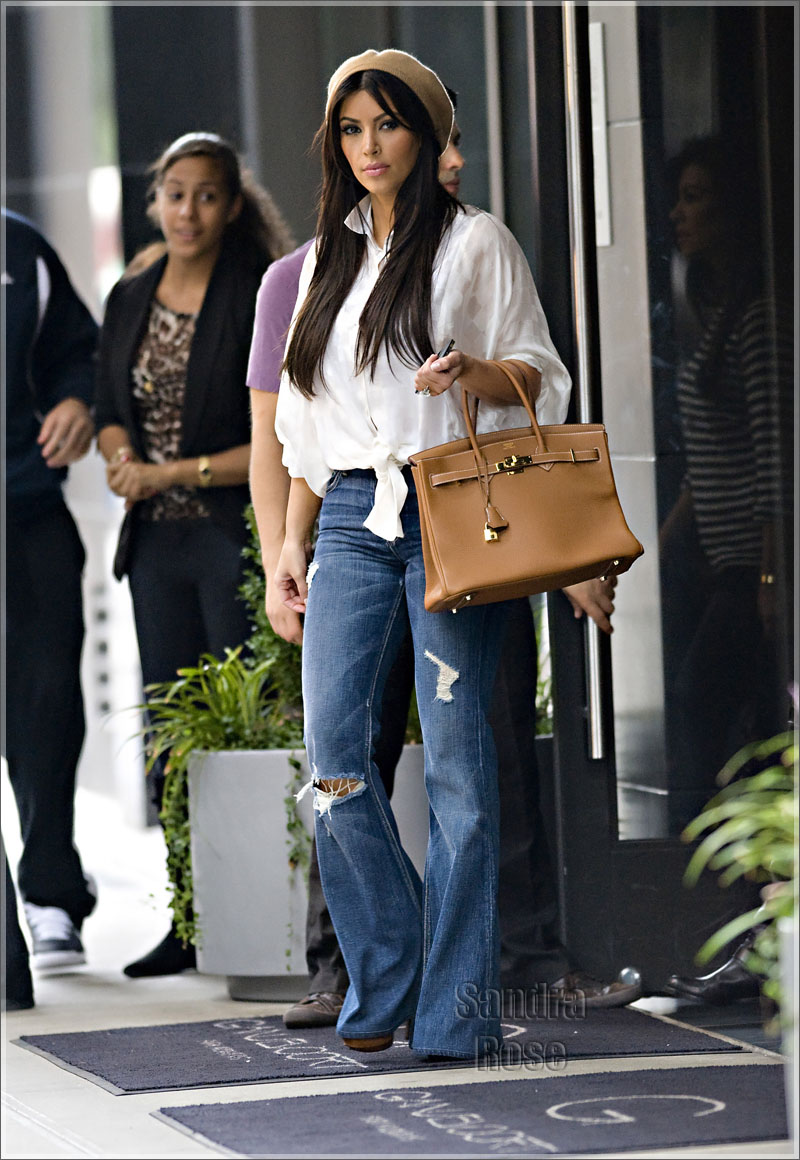 4116797bb8c5 Styling On Them Hoes: Kim Kardashian In Ripped Jeans, Hermes Belt ...