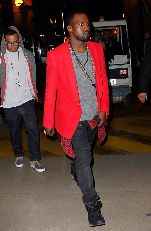 ed3f75fd Spotted: Ciara & Kanye West In Paris – dmfashionbook.com