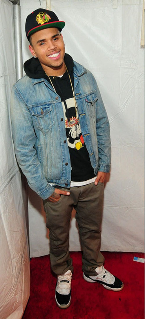"6802ce23bc4 Chris Brown was photo'd on the red carpet in a pair of Air Jordan XI "" Concords""."
