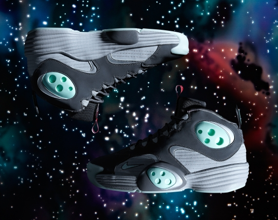 nike-air-flight-one-2012-all-star-game-space-exploration-01
