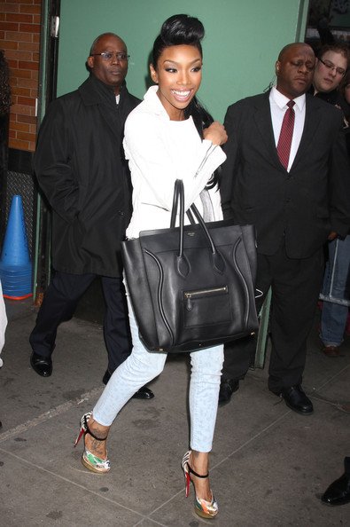 Brandy-Norwood-Good-Morning-America-carrying-Celine-Lugage-Shoulder-Bag-Christian-Louboutin-Sandals-Pumps-1