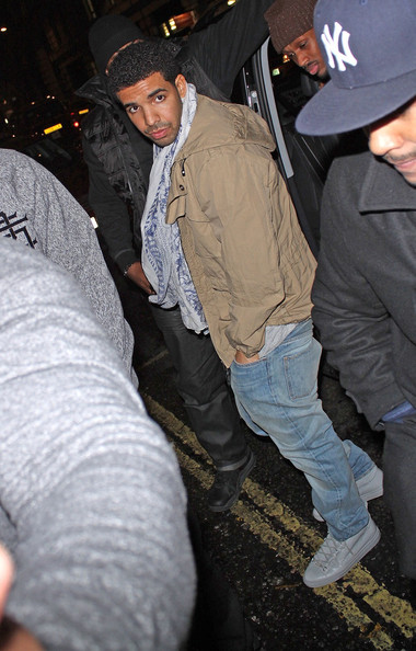 a2ccb71d974 Styling On Them Lames  Drake Wearing  545 Balenciaga Arena Sneakers ...