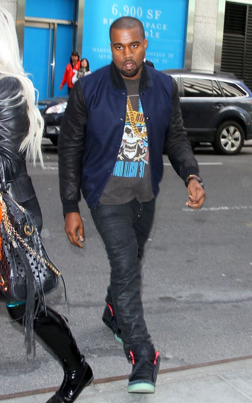 cfca0a49259b7 Styling On Them Lames  Kanye West Rocking A  2