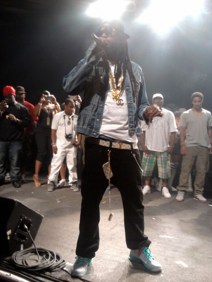 """9becc3df00d30 Rapper 2 Chainz recently performed in a pair of Nike LeBron 9 P.S. Elite """"Miami  Vice""""."""