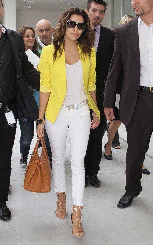 f4f25c1c72fe Celebs Style  Eva Longoria   Mary J Blige Wearing A Bright Blazer ...