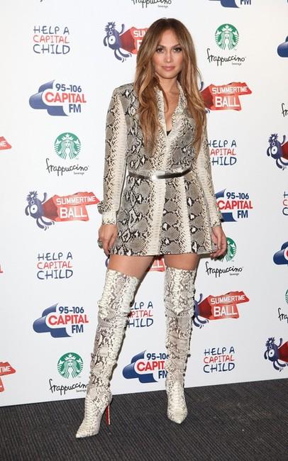 d1c921c1a3b0 Celebs Style  Jennifer Lopez