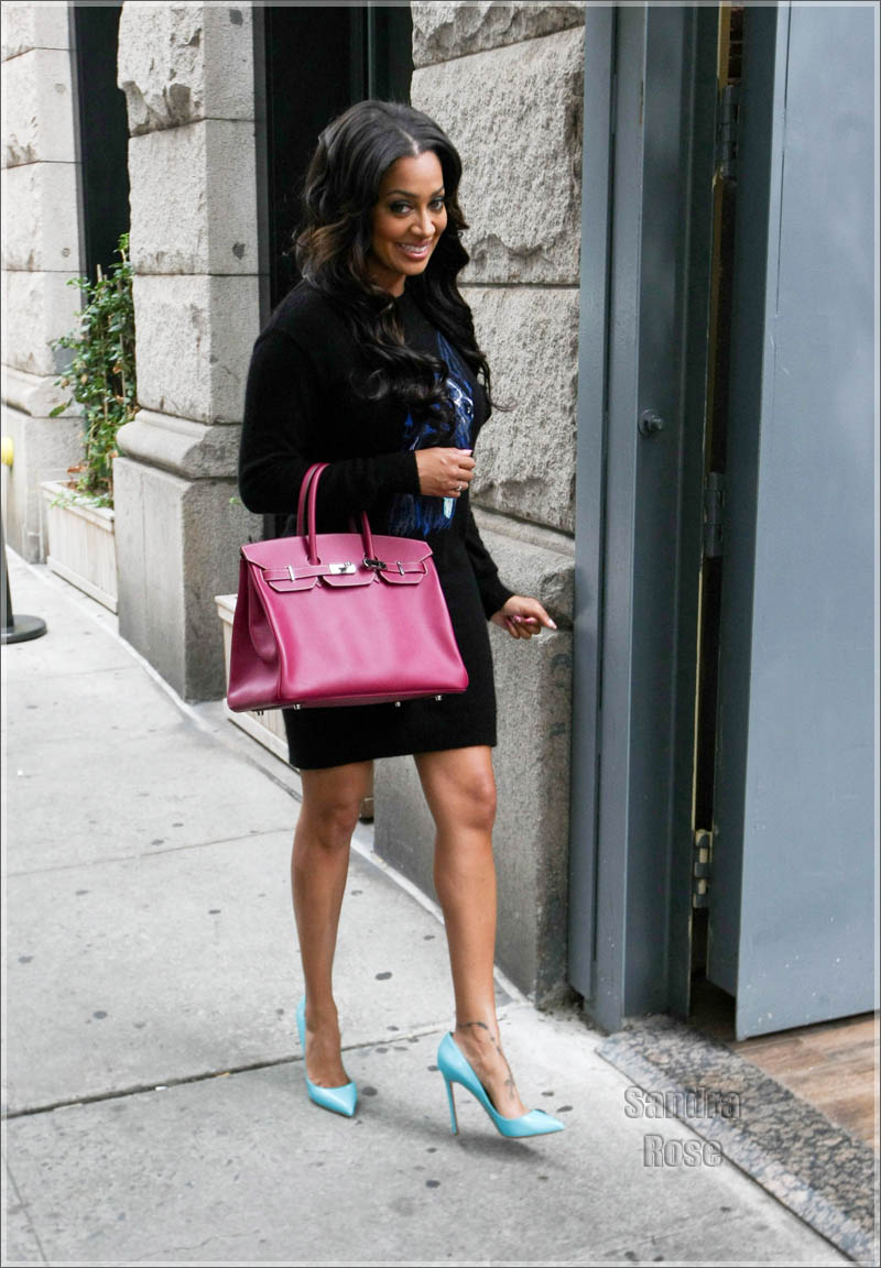 ae6438eec92 Lala Anthony Spotted In Manhattan Carrying A Birkin Bag And Wearing ...