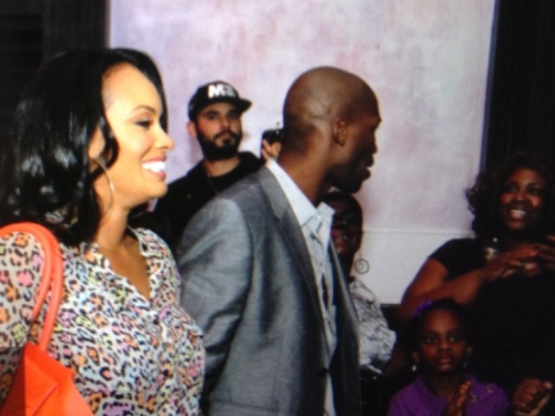 Evelyn-and-Chad-Johnson-at-Southstreet-Restaurant-in-Miami
