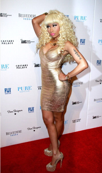 Nicki-Minaj-in-Hervè-Lèger-on-New-Years-Eve