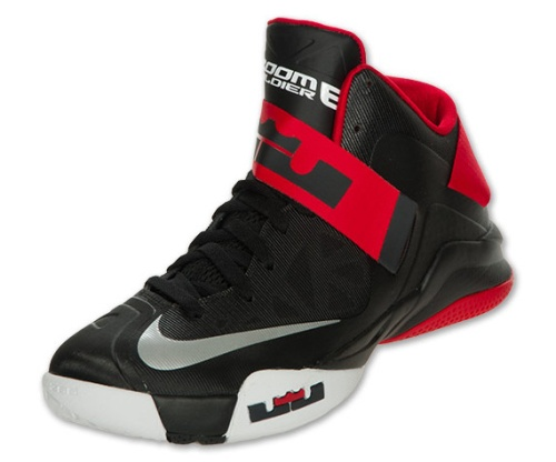 nike-zoom-soldier-vi-black-white-red-1