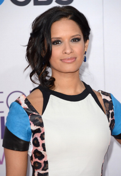 Rocsi-Peoples-Choice-Awards-Red-Carpet-4