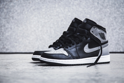 air-jordan-1-retro-high-og-black-soft-grey-shadow-1