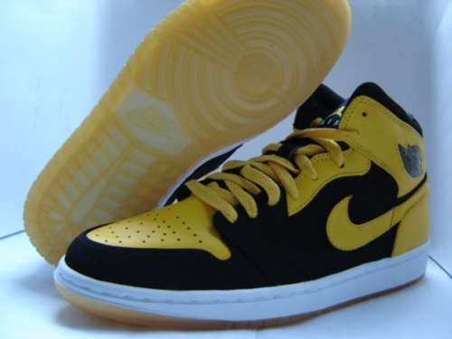 air-jordan-1-yellow-5