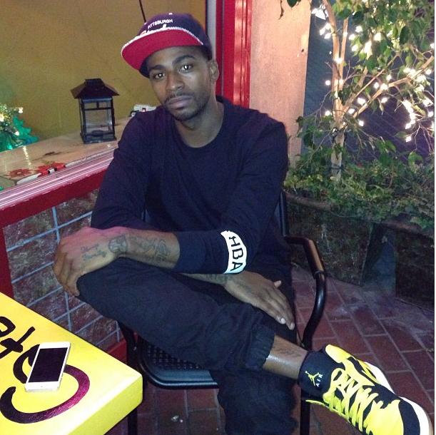 1eb6105230f8 Dorell Wright Styles In A Hood By Air Tee-Shirt   Air Jordan 1Retro BMP  Yellow Black Sneakers