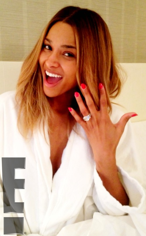 Ciara-shows-off-her-engagement-ring