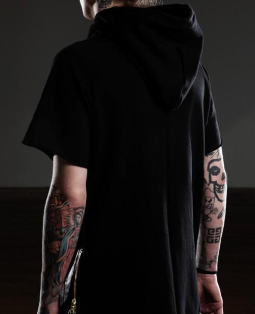 FOG-Fear-of-God-LA-essential-short-sleeve-lambskin-hoodie-1