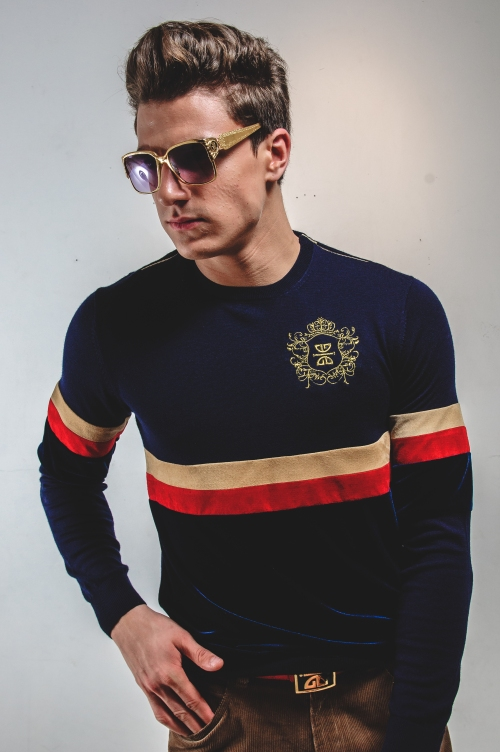 GICHEE ROUGE CLASSIC SWEATER