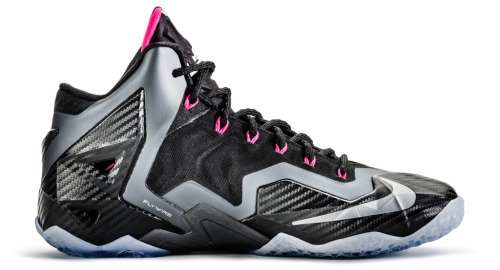 nike-lebron-11-xi-miami-nights-official-04